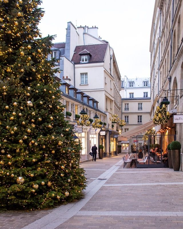 Our Favorite French Holiday Traditions