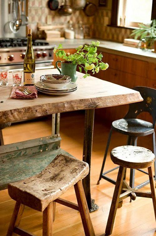 Esstische im Landhausstil mit Stühlen fürs Esszimmer - Esstische im Landhausstil hell holz hocker grün garten pflanzen