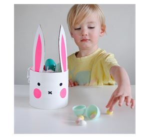 EASY EASTER DIYS FOR KIDS  http://www.paidi.gr/2014/04/diy-easter-160414/#.U1H4TFV_uLw