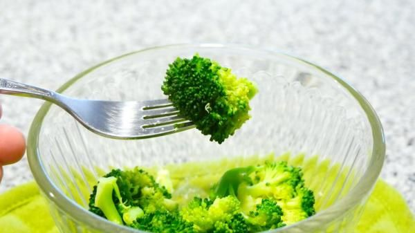 Receita de Brócolis no microondas
