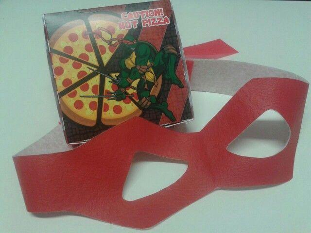 Cajita de Pizza con Antifaz Ninja Mutant Turtle!