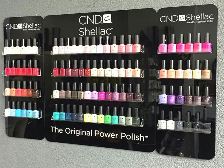 Nu 100 verschillende Shellac kleuren!! Kom gerust een keer langs ,en laat u adviseren door Mathilde . Ze is aanwezig op maandag , woensdag en vrijdag.  #girl #girls #cute #beautiful #fun #smile #pretty #nails #friends #lady #cool #fashion #style #sweet #beauty #nail #manicure #denhaag #statenkwartier #defred