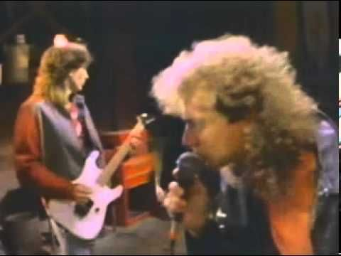 lou gramm - midnight blue (HQ OFFICIAL VIDEO CLIP)