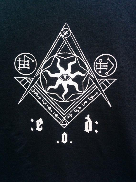 Esoteric Order of Dagon: Masonic Origins - T Shirt