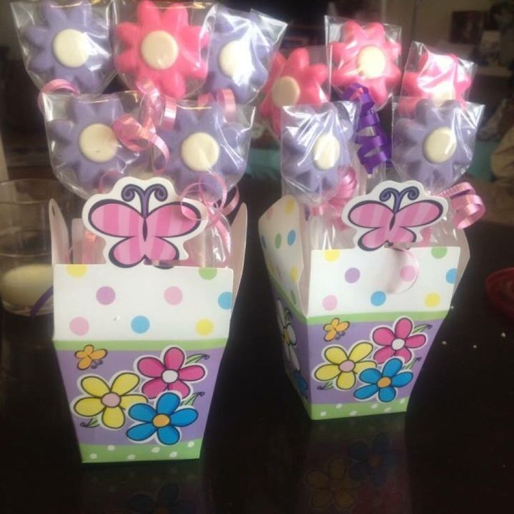 Hey, check out what I'm selling with Sello: Chocolate bouquet http://avon-jenm.sello.com/shares/Npd9X