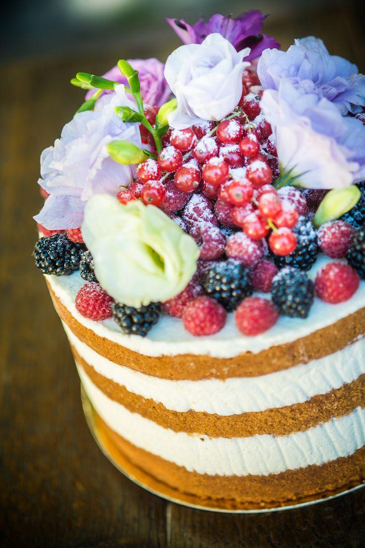 wedding cake happines color love naked cake vintige cake birthday cake fruit cake with flower  Neked Cake