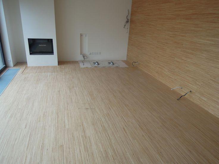 Interiérové studio Heth / fotky z našich realizací /   dřevěná podlaha Hevea v laku a obložení stěny podlahou