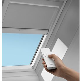 VELUX FS D06 Solar Blackout Blind - Blocks 98% of light, aluminum lined heat absorbing material and solar powered. At Lowes.