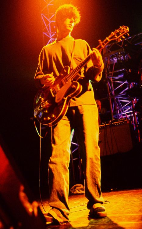 John Squire - The Stone Roses, The Seahorses, The Shining, Oasis