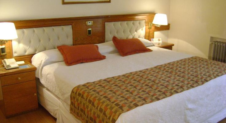 Hotel Bristol Buenos Aires The luxurious Hotel Bristol offers a convenient location on the 9 de Julio Avenue, across from the Obelisk. It offers free Wi-Fi, gym facilities and a 24 hour front desk.