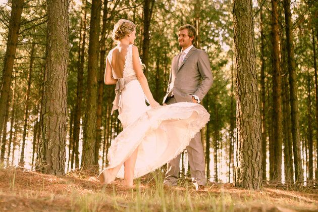 Bruidspaar van die Jaar 2011-wenners! Heléne en Marius Coetzer. | SARIE BRUID | Couple of the year 2011 #wedding #winner #outside #farm Photo: Splendid Productions