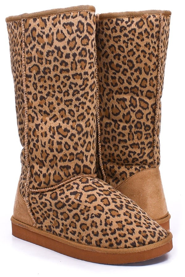 #xmas #gifts #ugg mid calf length leopard print foam sole boots.. Not Uggs but Uggs are much too expensive now.