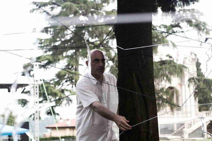 Marco Quilici durante un'installazione