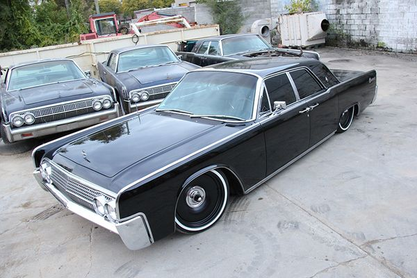 Lincoln Continental w. Detroit Steel Wheel!