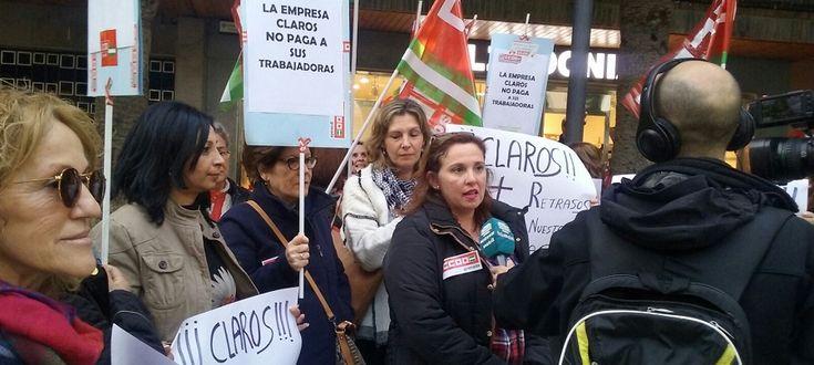 MOTRIL. El sindicato de Sanidad y Sectores Socio-sanitarios de CCOO de Granada apoya al grupo de trabajadoras de la empresa Claros, concesionaria del Servicio de Ayuda a Domicilio en