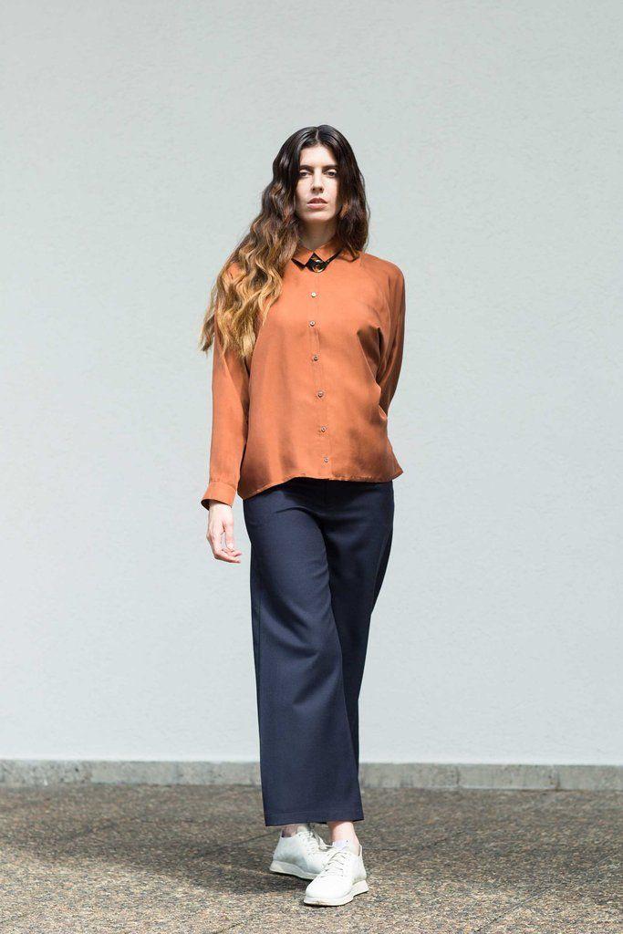 VON HUND Fashion & Design - Womenswear Lookbook S/S16, Vizla Brown Silk Blouse Ava & Midnight Blue Woolen Halli Pants. Radical Price Transparency.  www.vonhund.com