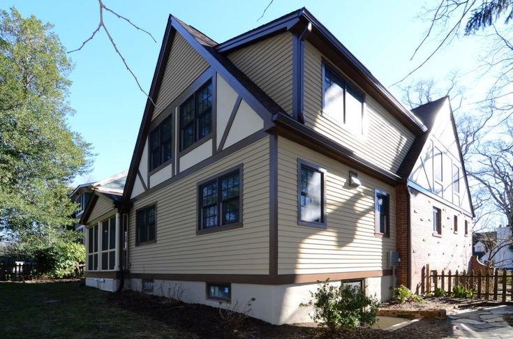 This 1940 S Cape Cod Got A 2 Story Addition And Extensive