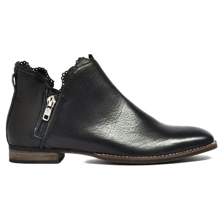 Whirla by Mollini #cinori #mollini #style #fashion #boot #boots
