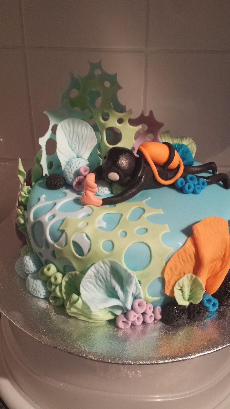 Scuba diver cake on Cake Central