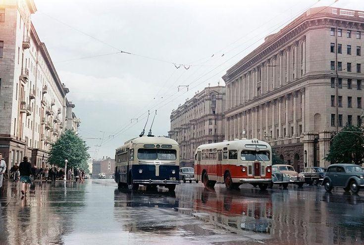 """""""Тверская после дождя"""" Фото 1956 С. Фридлянда"""