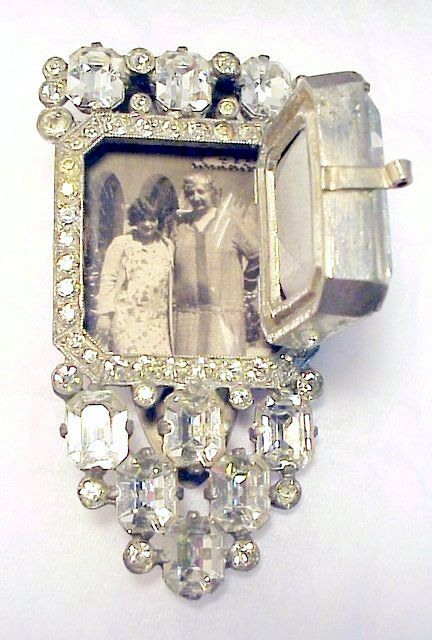Eisenberg clip- Aged and Opulent Jewelry