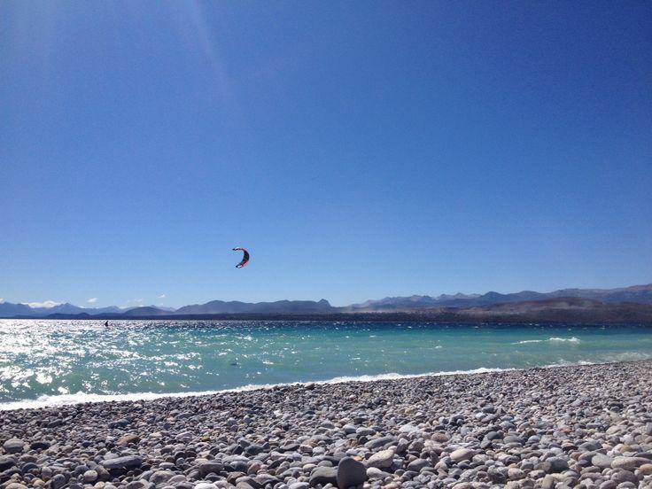 Lindo día en Bariloche! La temperatura actual es de 20°.  Un Verano para estar acá...  www.bariloche.org