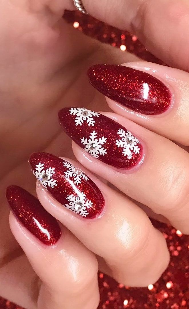 41 SUPRISING CHRISTMAS NAIL ART DESIGN Ideas for This new Year Part 10