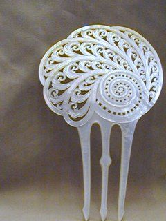 Mother Of Pearl Hair Comb ca. 1880s