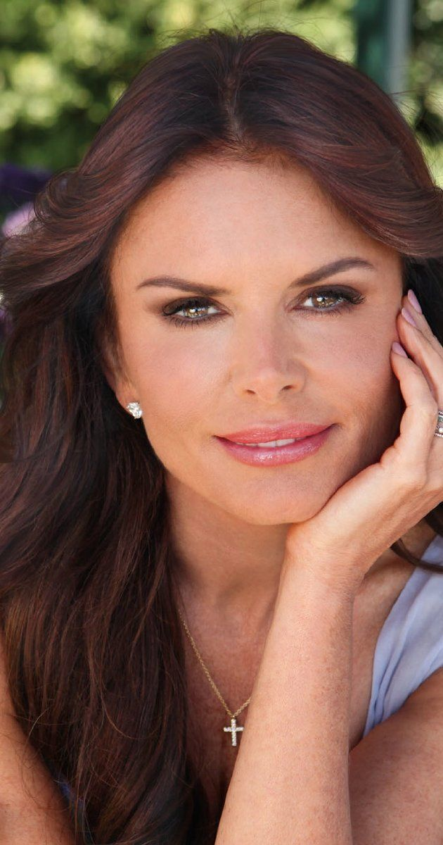 downey christian girl personals Famous christian actresses: 6 women who believe in jesus roma downey roma downey is known della reese is also a famous christian.