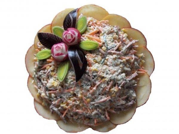 Салат кура и грибы