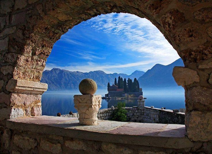 I 100 luoghi da vedere prima di morire - fare un giro in barca nella baia di kotor , Montenegro