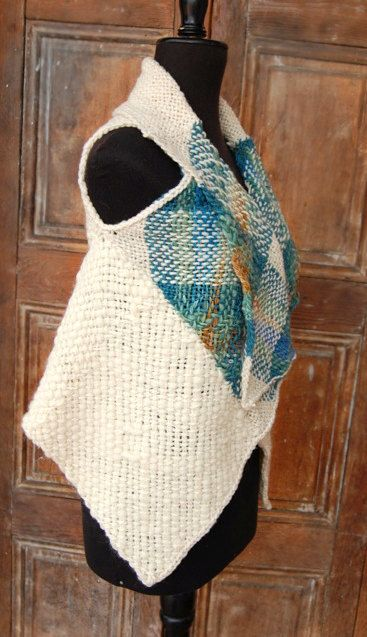 Wrap poncho flecked emerald by Ullvuna on Etsy, $120.00