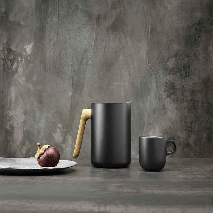 Nordic kitchen vacuum jug 1l by Eva Solo