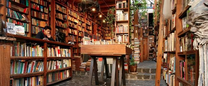 #Librerías Babilonia Libros en Montevideo @Mientrasleos