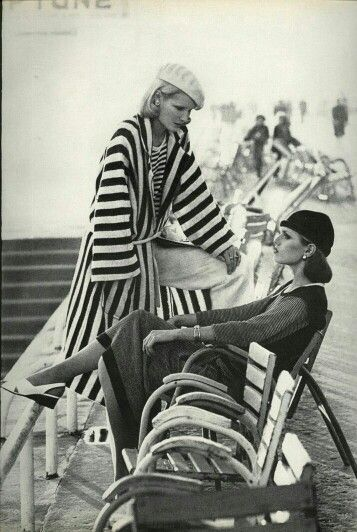 US Vogue March 1976,A Few of Our Favorite Things,Photo Helmut Newton,Models Patti Hansen & Gunilla Lindblad
