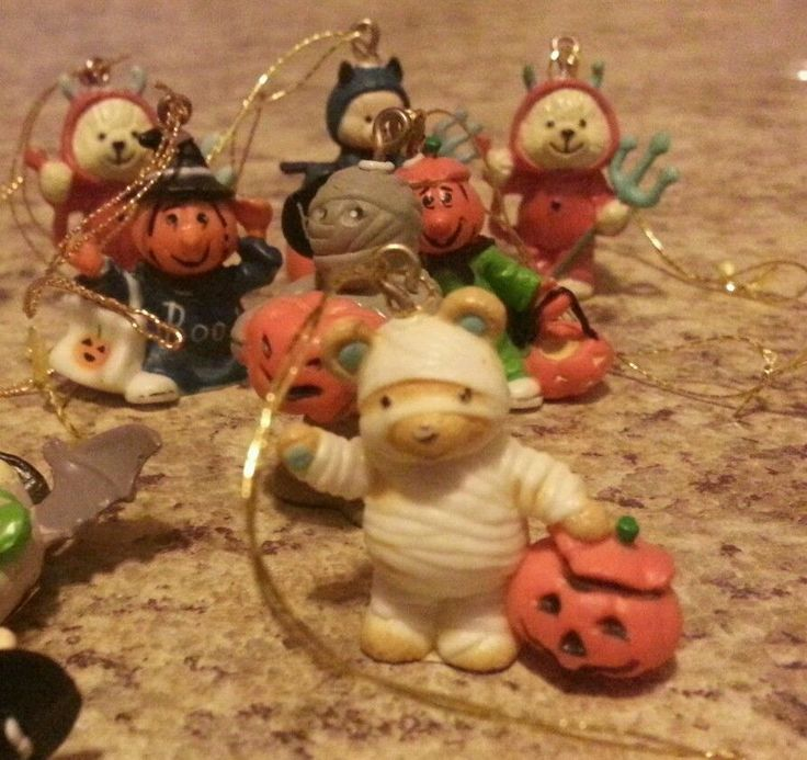 set of 24 hallmark vintage 80s mini halloween spooky tree ornament miniatures - Hallmark Halloween Decorations