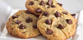 ¿Qué os parece preparar hoy unas exquisitas cookies de chocolate? Deliciosas, se deshacen al paladar…  Y es que no hay nada mejor que hacer unas cookies de chocolate caseras, no tienen nada que ver con las que compramos en el supermercado, les aconsejo que prueben a hacer ésta receta dulce, a los niños les encanta.