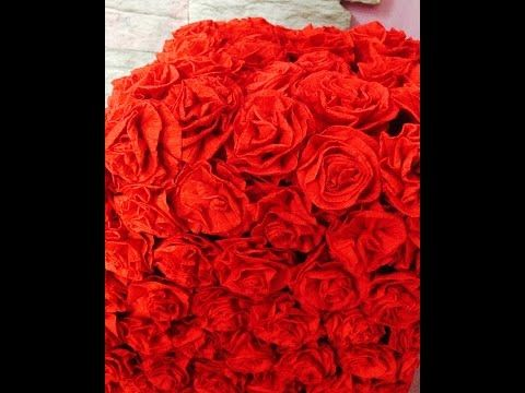 Розы из гофрированной бумаги для декора объемной цифры или буквы. - YouTube