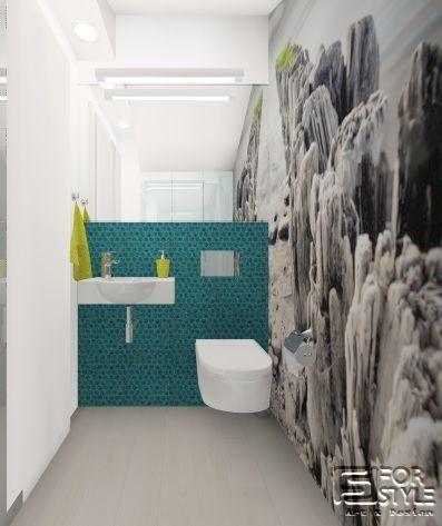 łazienka mała, elegancka, nowoczesna dla gości, biała z turkusem, turkusowa mozaika, grafika na ścianie, czarno biała tapeta, fototapeta, design...Projektowanie wnętrz 4-style.pl