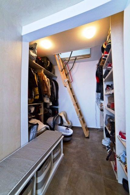 гардероб, четырехкомнатная квартира на продажу, район Ружинов, Братислава, Словакия.