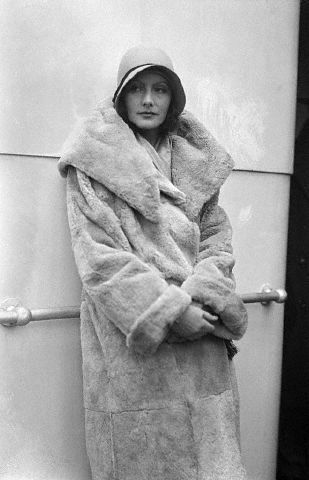 Greta Garbo - 12.8.1928 - New York -  Aboard the S.S. Kungsholm - @~ Watsonette