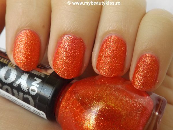 Miss Sporty Crush On You 3D Texture nailpolish nr.063 http://www.mybeautykiss.ro/MissSporty_CrushOnYou3DTexture_nr063.php