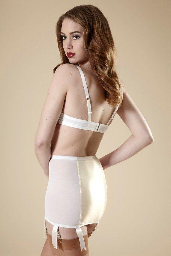299f5385534 Bridal English Lace Bra Vintage Style Bullet Bra White   Ivory Satin ...