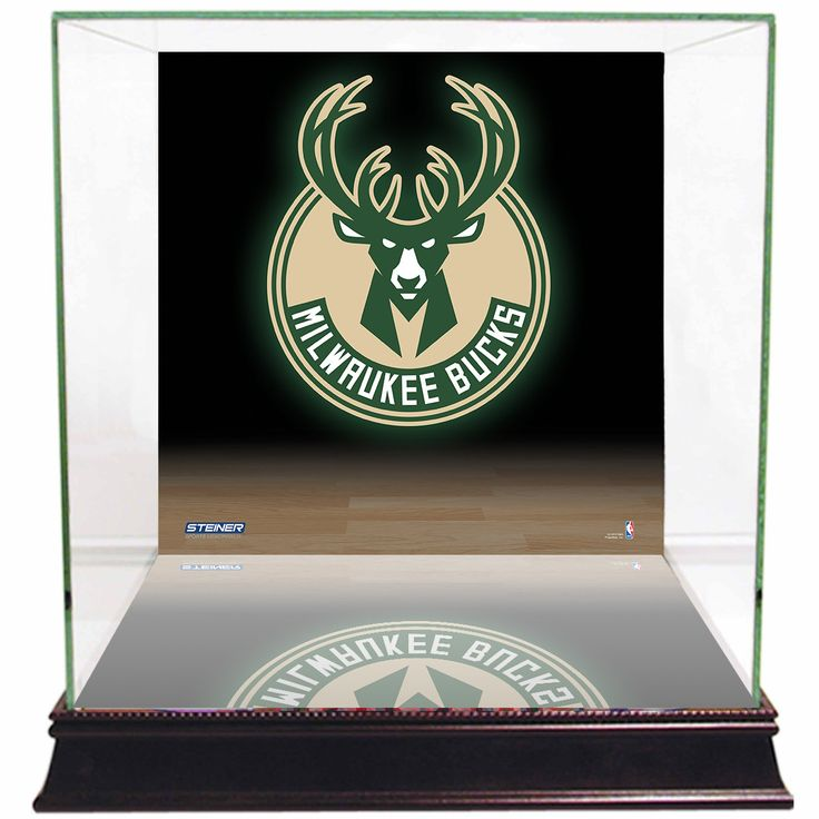 Milwaukee Bucks Logo Background Case