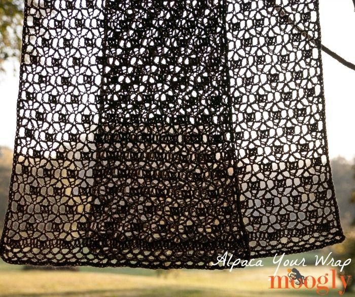 Alpaca Your Wrap - free #crochet pattern on Moogly! Try to crochet with cord and larger hook for curtain ( macrame look)