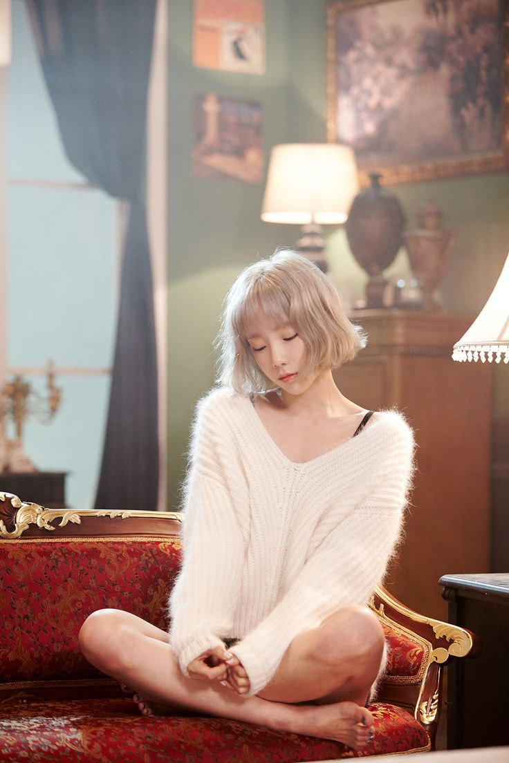 Taeyeon SNSD ☼ Pinterest policies respected.( *`ω´) If you don't like what you see❤, please be kind and just move along. ❇☽
