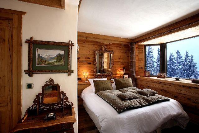 chambre avec vue ambiance chalet pinterest ouverture chutes de neige et savoie. Black Bedroom Furniture Sets. Home Design Ideas