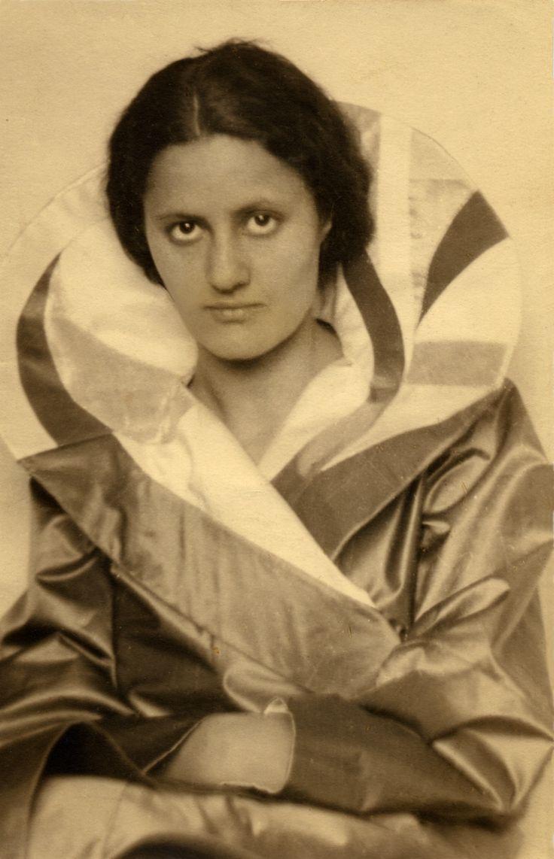 Eva Stricker-Zeisel (1906–2011) Fotografie © Eva Zeisel Archives