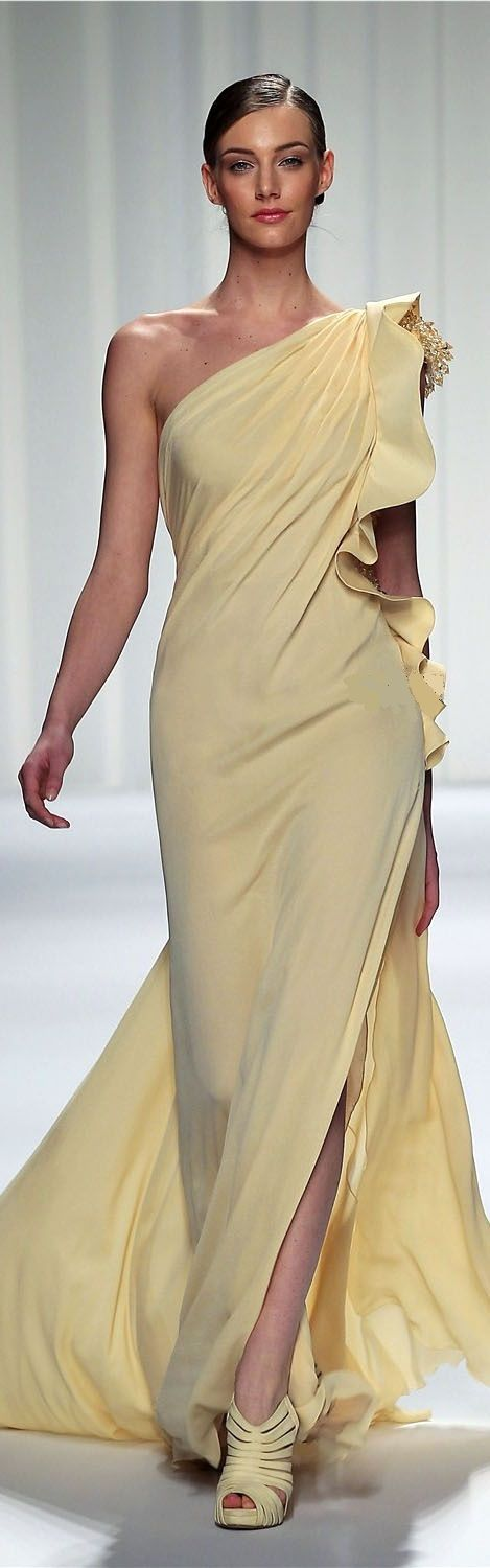 Abed Mahfouz -- pale yellow gown