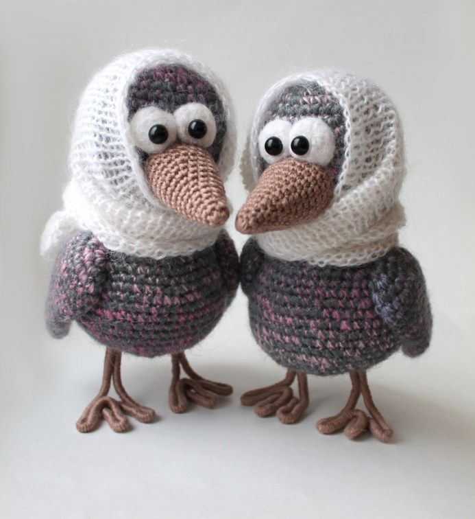 Curious crow amigurumi pattern